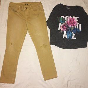 American Eagle Tshirt & Pants Bundle